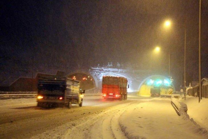İlk kar tatili haberi Düzce'den