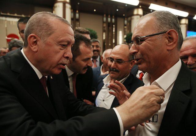 erdogan-muhtar-sigara-1