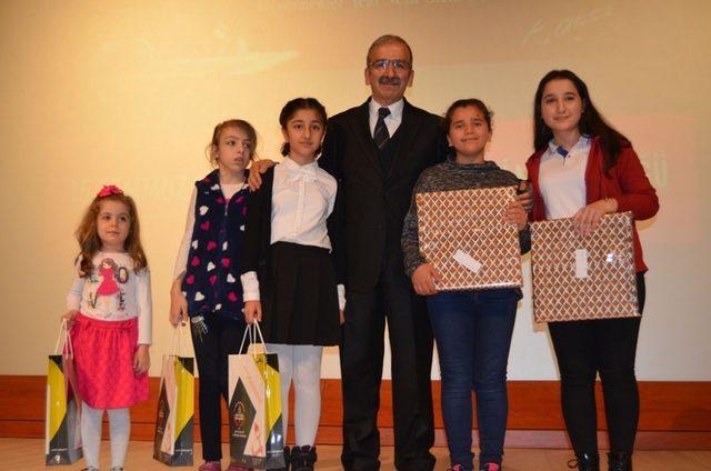 Artvin'de, 24 Kasım Öğretmenler Günü kutlandı