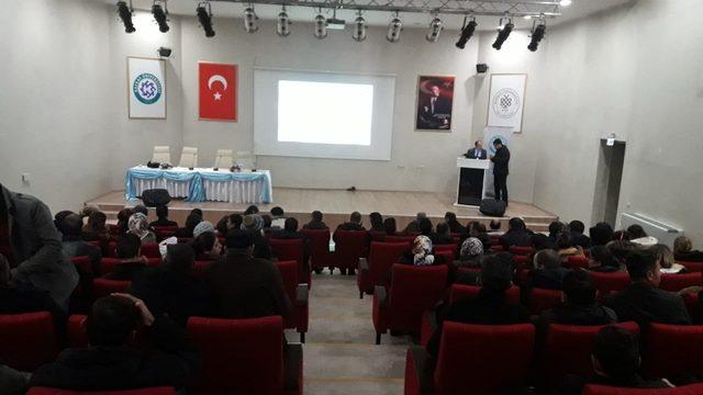 Kafkas Üniversitesi güvenlik görevlilerine eğitim semineri