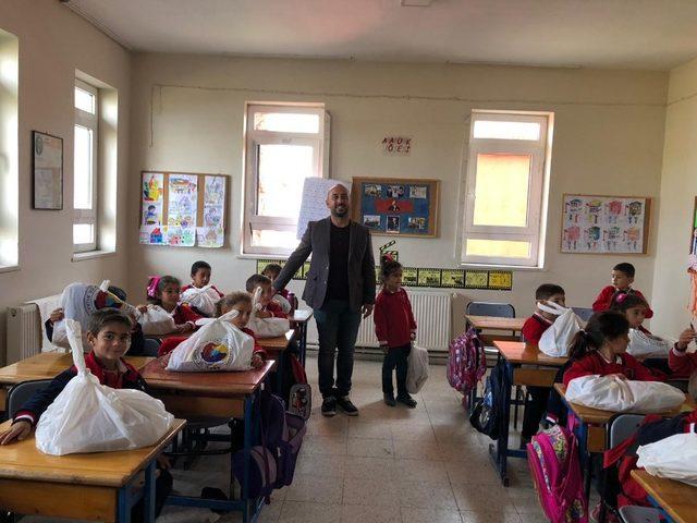 Kars'ta eğitime bir destekte Ticaret ve Sanayi Odası'ndan geldi