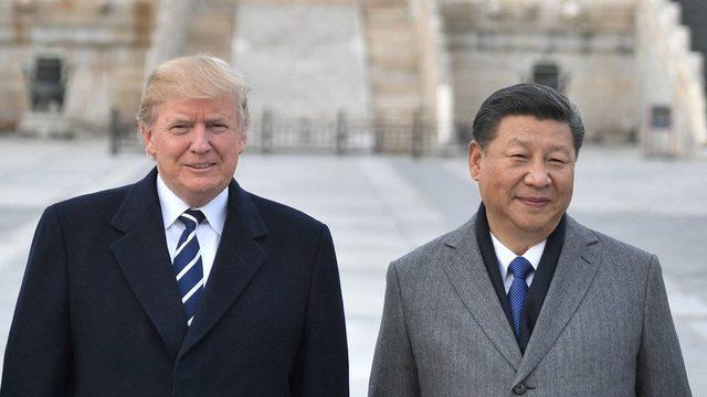 ABD Başkanı Donald Trump (solda) ile Çin Cumhurbaşkanı Şi Cinping (sağda)