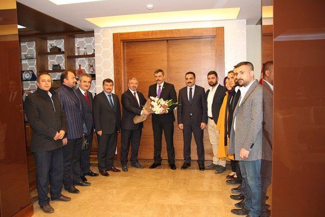 AK Parti Çorum Belediye Başkan adayı Halil İbrahim Aşgın;