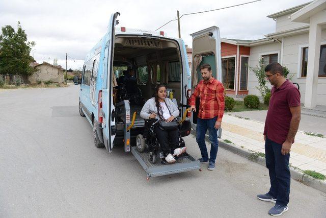 Çorum Belediyesi engelli bireylerin hayatına dokunuyor
