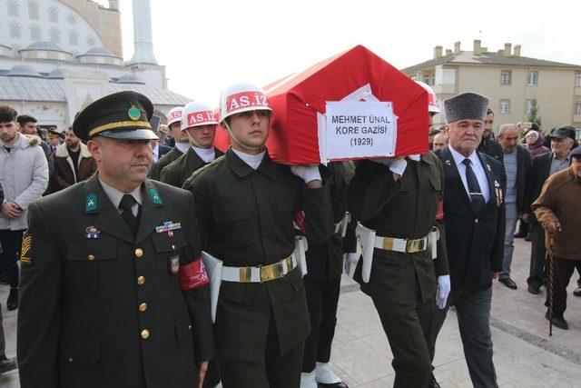 Karabüklü Kore Gazisi son yolculuğuna uğurlandı