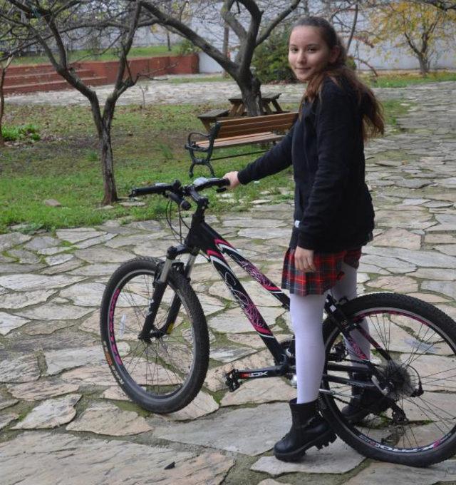 ogrenci-bisiklet