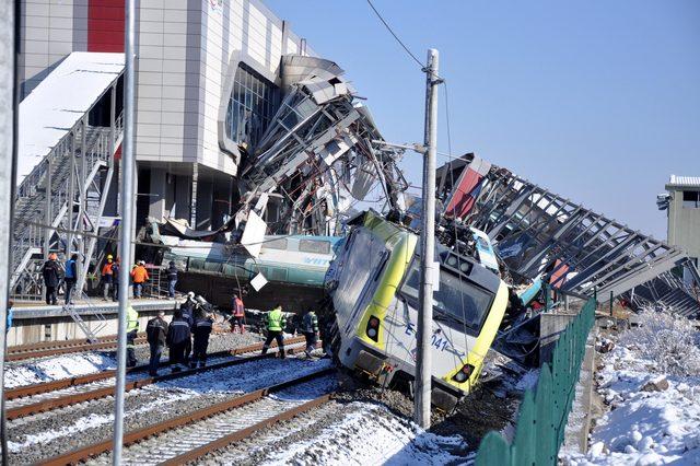 Ankara'da Yüksek Hızlı Tren, kılavuz tren ile çarpıştı: 9 ölü, 47 yaralı/ Yeniden