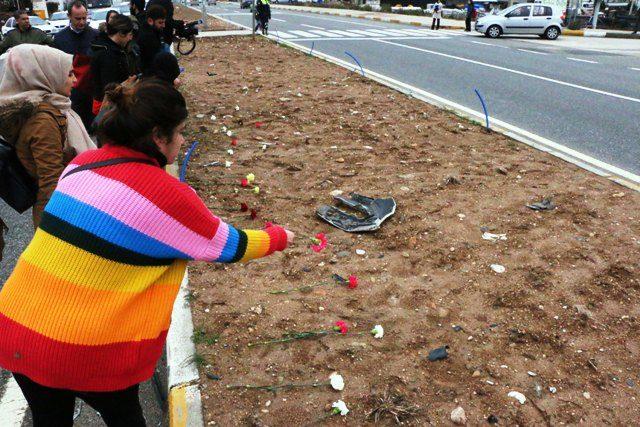 Kazada ölen üniversite öğrencisi gözyaşlarıyla uğurlandı (2)
