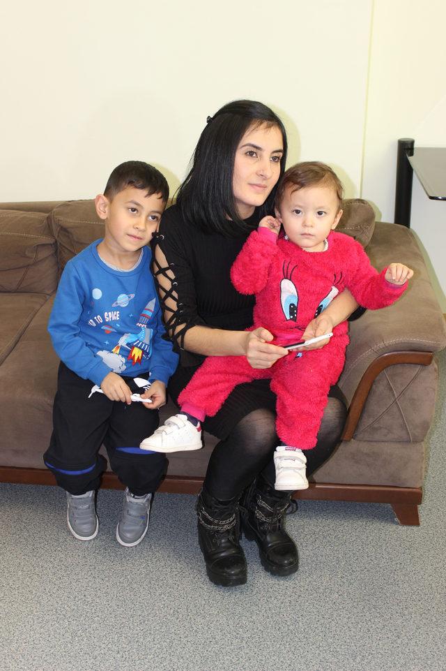 Annesinin 40 gün sonra kucağına alabildiği Asya Nur, 2 yaşında