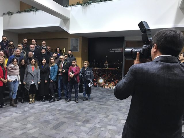 Nihat Zeybekci: İzmir'in hikayesinin peşindeyiz