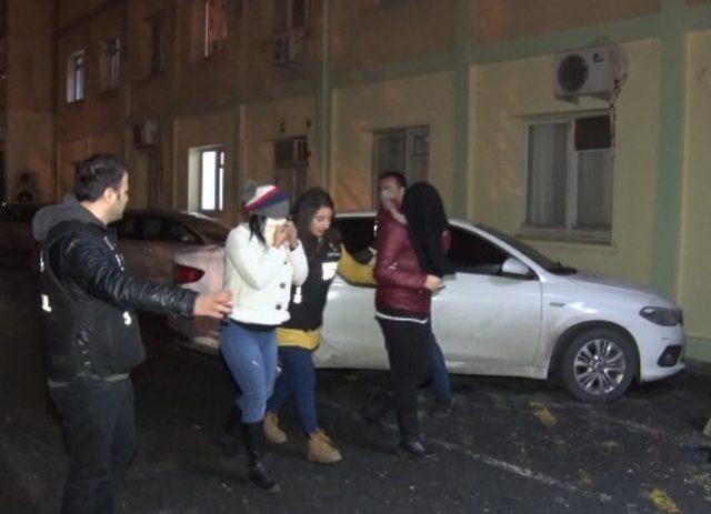 Dolandırıcılık şebekesinden 20 kişi tutuklandı