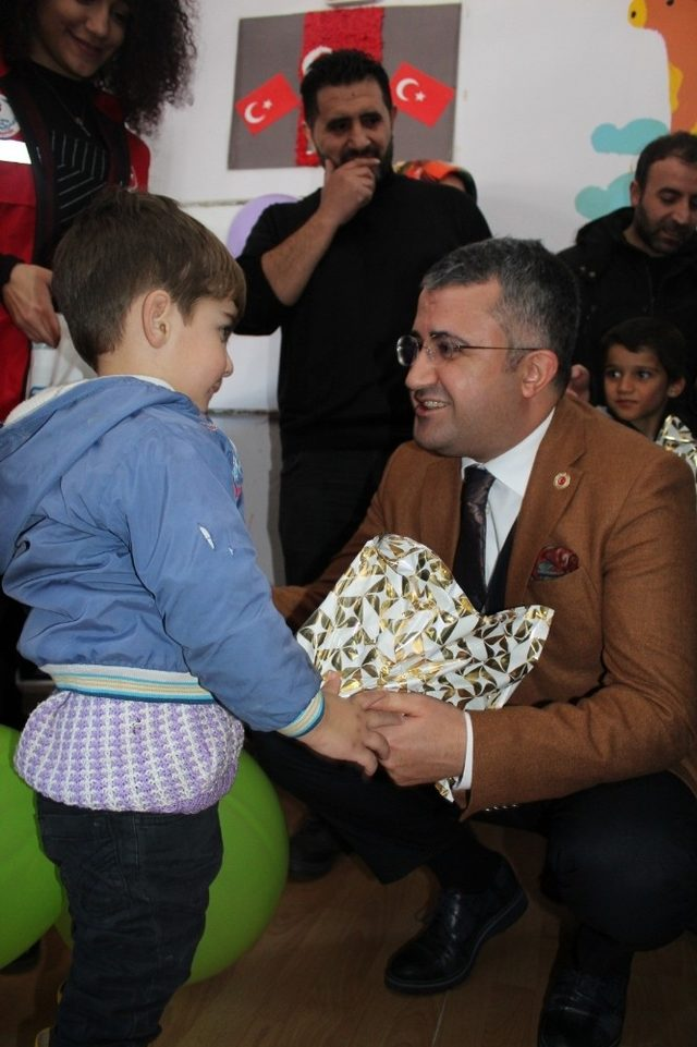 Kaymakam Çınar'dan engellilere ziyaret