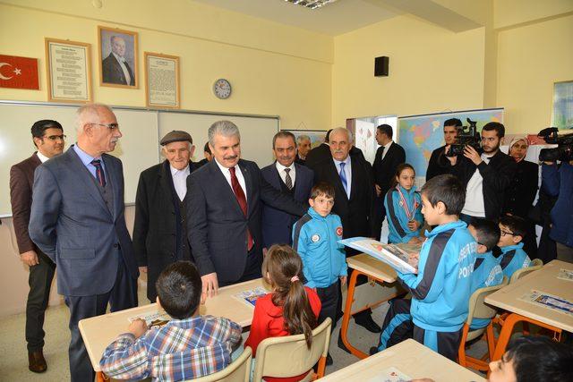 Kırşehir Haberleri: Kırşehirde 41 bin 260 öğrenci karne aldı 58