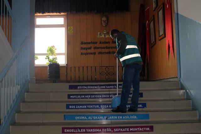 Yozgat Haberleri: Yozgatta denetimli hükümlüler okul boyadı 47