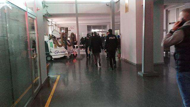 Terminale otobüsle gönderilen koliden el bombası çıktı