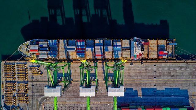 56 şehir ihracat fazlası verdi, dış ticaret açığı yüzde 28 azaldı