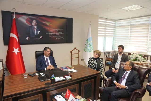 Cibuti Yükseköğretim Bakanı'ndan, Rektör Polat'a ziyaret