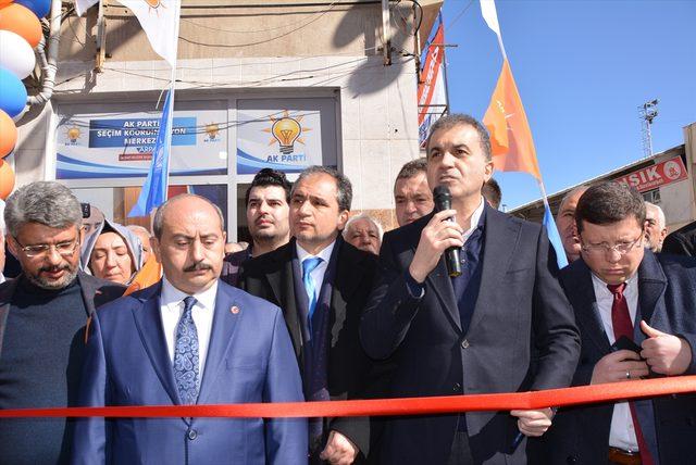 AK Parti Sözcüsü Çelik Uşak'ta