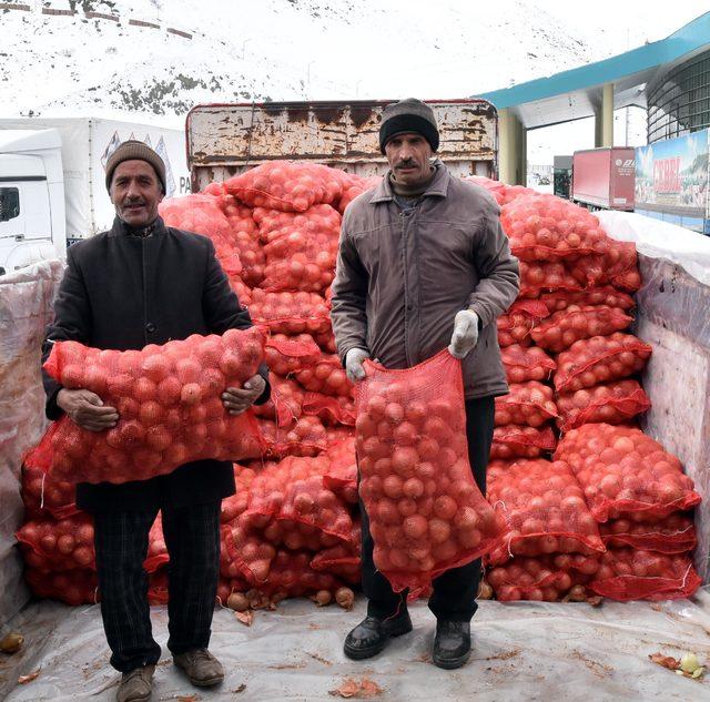 İran'dan soğan ithalatı başladı