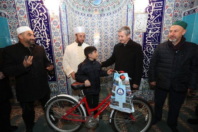 """""""Haydi Çocuklar Camiye"""" projesiyle çocuklar ödüllendirildi"""
