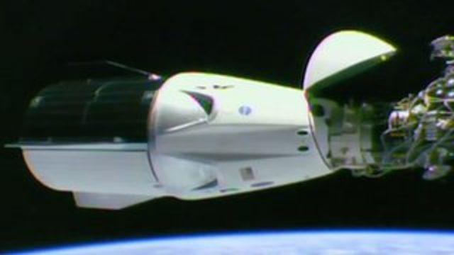 ABD'nin yeni ticari astronot kapsülü SpaceX Dragon dünyaya dönüyor