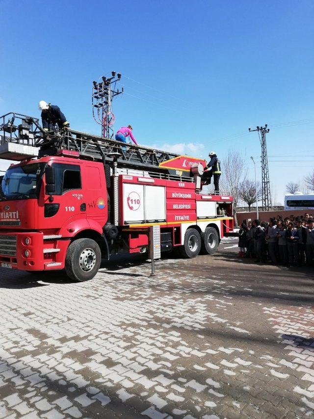 Erciş'te yangın tatbikatı