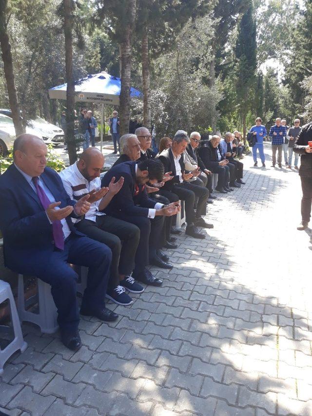Ali Hoşfikirer, mezarı başında anıldı