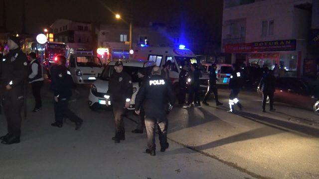Akraba ailelerin bıçak, satır ve sopalı kavgası: 6 yaralı, 16 gözaltı