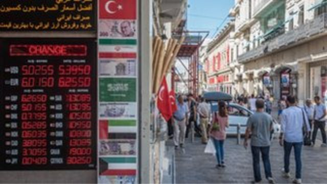 Financial Times: Türk Lirası kaçınılmaz sonucu bekliyor