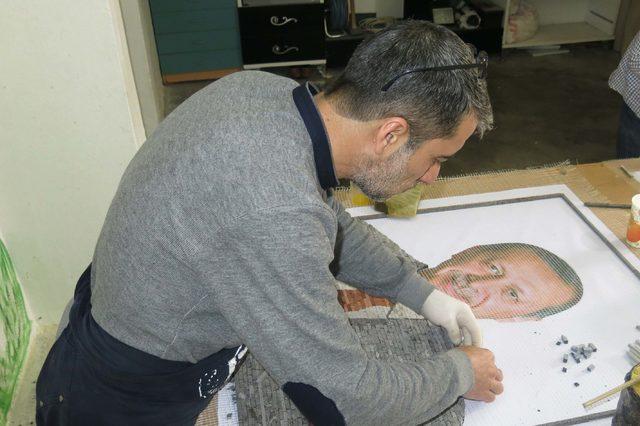 5 bin parça taşla Erdoğan'ın mozaik portresini yapacaklar
