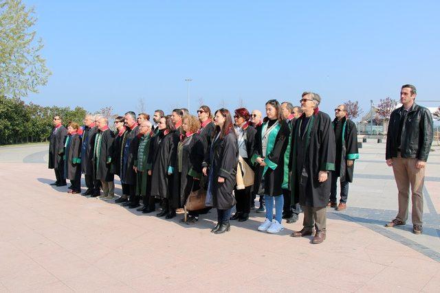 Yalova'da Avukatlar Günü kutlandı