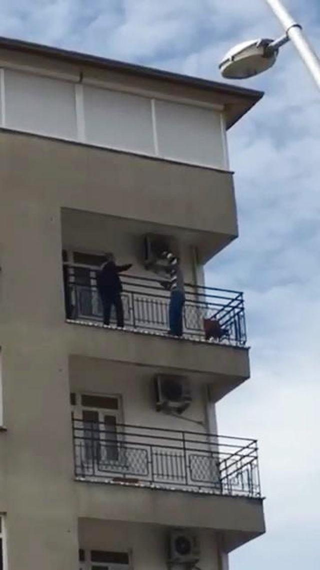 İntihara kalkıştı, polis yakalayıp önledi