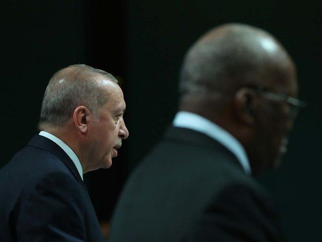 Cumhurbaşkanı Erdoğan: Her darbe çok ciddi bir kan kaybıdır