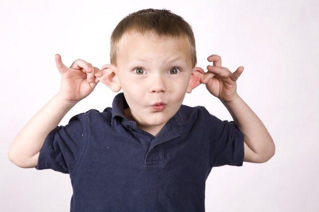 Çocuklarda kepçe kulak sorunu