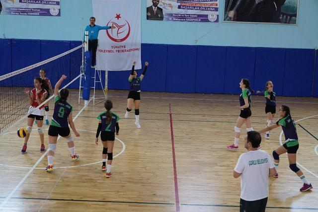 Çorlu'nun kızları Türkiye finallerinde boy gösterecek