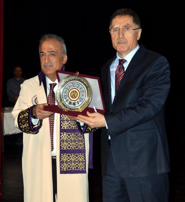 Şeref Malkoç: Hedefimiz kamu hizmetinin kalitesini artırmak