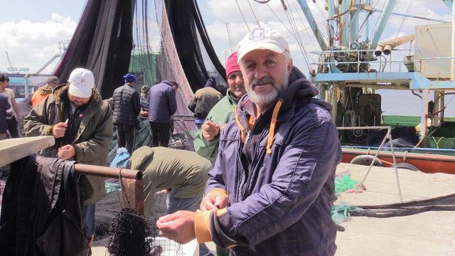 Av yasağı ile birlikte tekneler bakıma alındı, ağlar örülmeye başlandı
