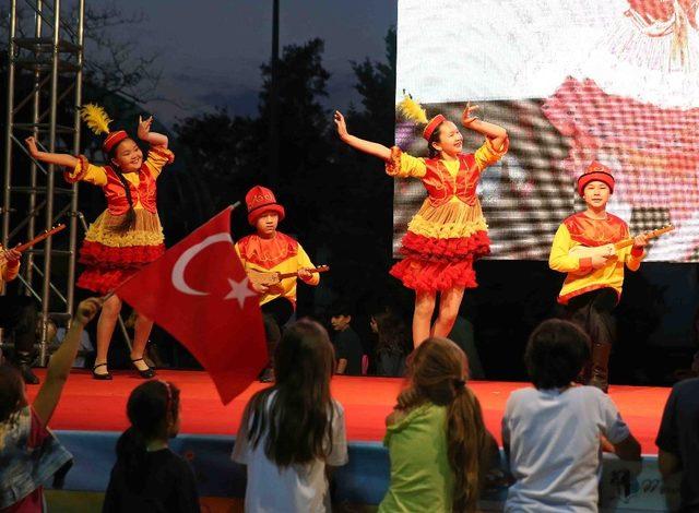 Dünya çocukları Karşıyaka'da buluşuyor