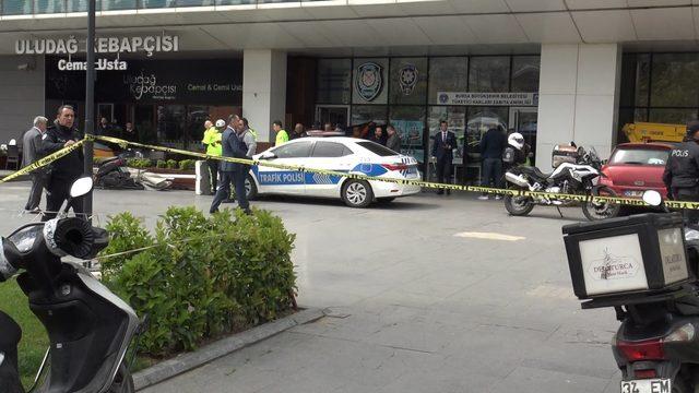 Polis memuru, görev yerinde intihar etti