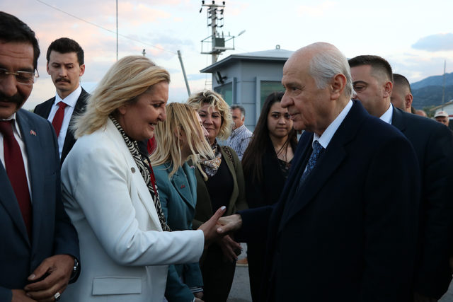 MHP lideri Bahçeli Antalya'da
