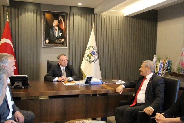 CHP Genel Başkan Yardımcısı Yıldırım Kaya'dan Fuat Öndeş'e hayırlı olsun ziyareti