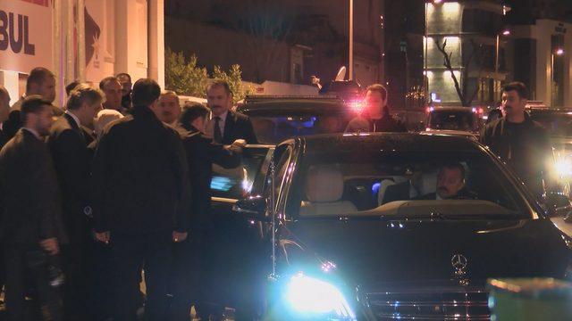 Cumhurbaşkanı Erdoğan, AK Parti İl Binasından ayrıldı