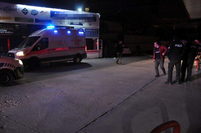 Silahlı saldırıda bacağından yaralandı