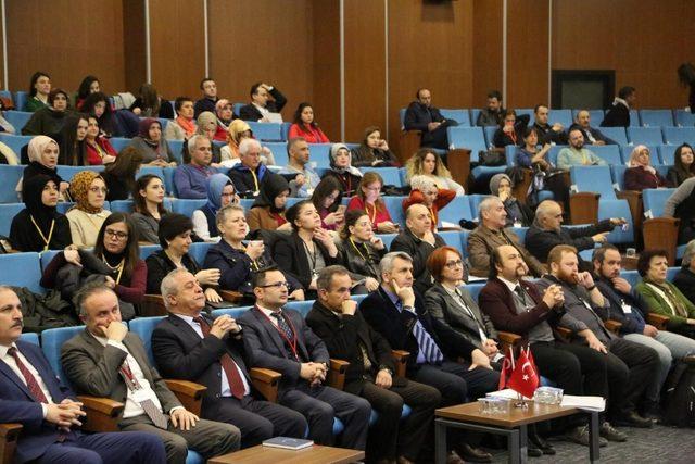 Evde eğitim konferansı