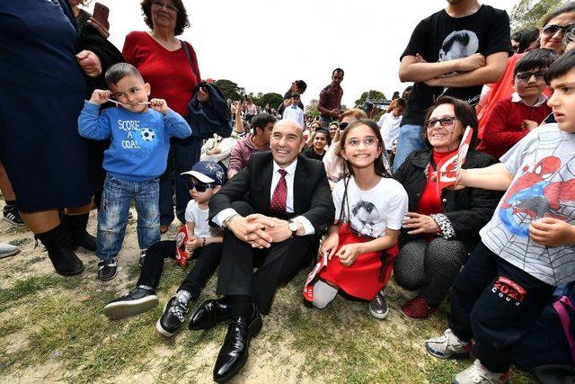 Başkan Soyer'den 'çocuk dostu kent' sözü