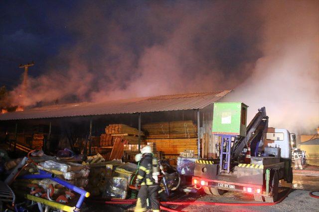 Kartepe Belediyesinin Deposunda yangın ile ilgili görsel sonucu