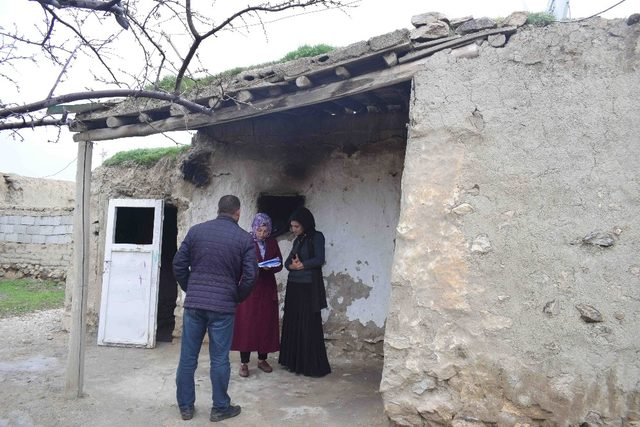Gürpınar'da ihtiyaç sahibi aileler belirleniyor