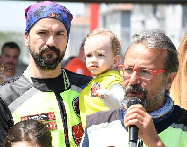 Kırklareli'de, motosikletçilerden çocuk istismarına tepki