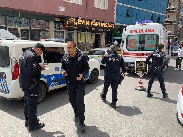 Sancaktepe'de silahlı kavga: 2 yaralı (1)