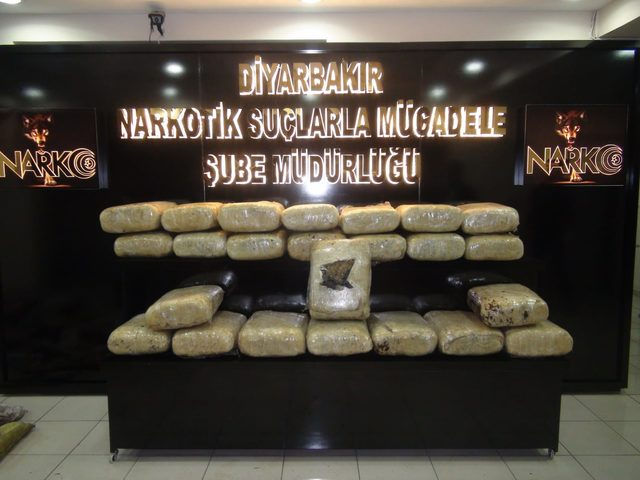 Kamyon zulasından 179 kilo esrar çıktı